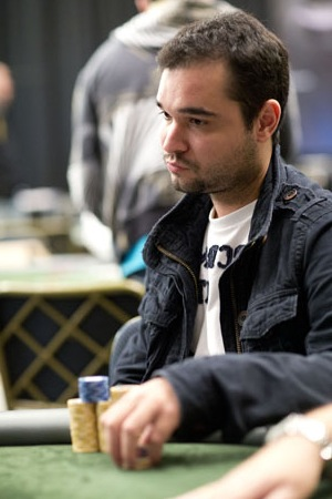 ariel_celestino_eliminado_lapt_punta2012.JPG
