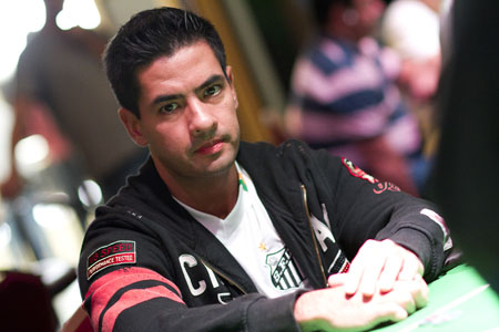 thiago_decano_eliminado_laptchile4.JPG